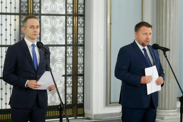 4 maja Krajowy Plan Odbudowy w Sejmie. Tomczyk: Bez debaty i tradycyjnego głosowania