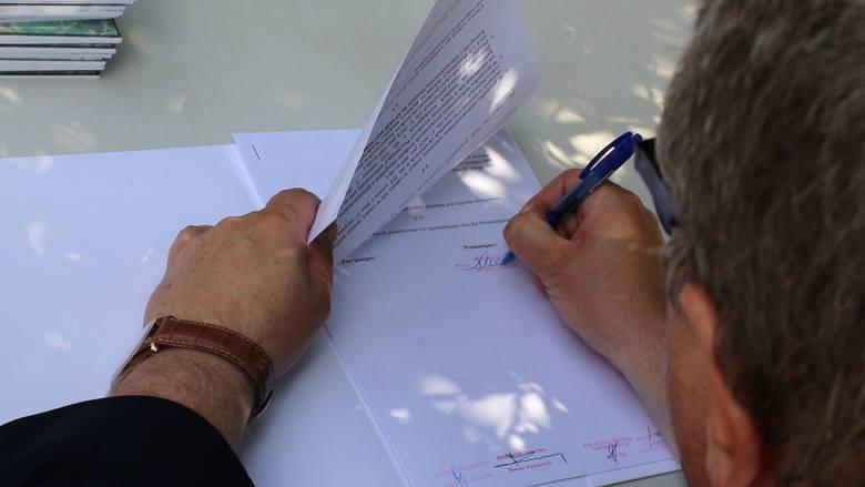 Podpisano 58 umów