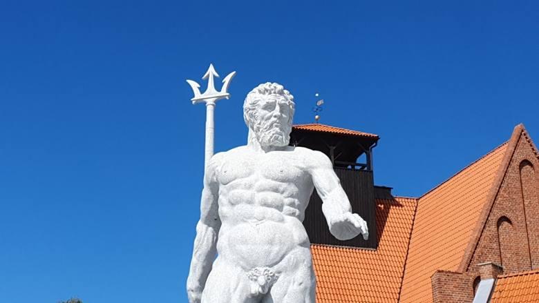 Neptun z Bolonii w Helu