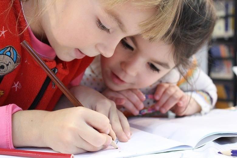 Dzieci nie wrócą w poniedziałek do szkół. Na zajęciach 25 maja pojawi się tylko garstka uczniów