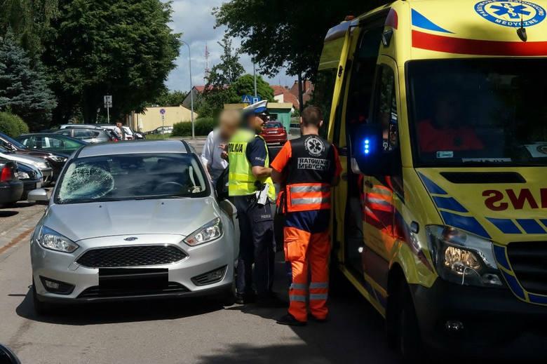 Dzisiaj (poniedziałek 26.06), kilka minut po południu., kierująca samochodem osobowym marki Ford Focus, potrąciła przebiegającego przez jezdnię 14-letniego