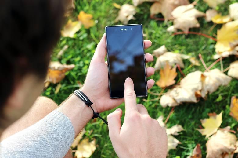 Google ostrzega użytkowników: w systemach Android wykryto groźną lukę. Bezpieczeństwo użytkowników telefonów z systemem Android może być zagrożone. Luka