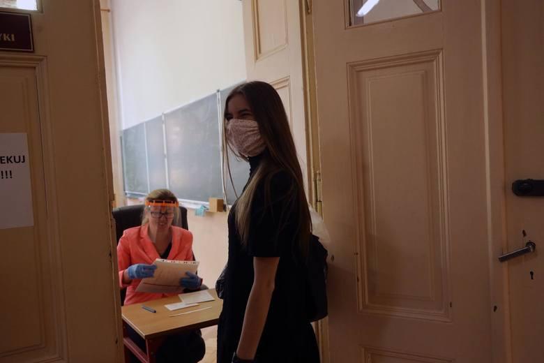 CKE podało wytyczne dotyczące egzaminów. Wiadomo, jak będą wyglądać matury i egzaminy ósmoklasisty