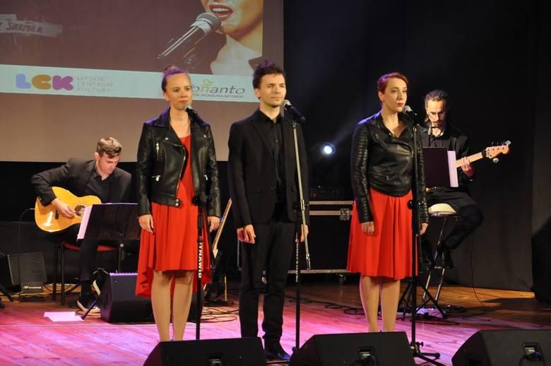 Za nami wyjątkowy koncert patriotyczny w Lipskim Centrum Kultury. Z okazji 40-lecia porozumień sierpniowych na scenie sali widowiskowej mogliśmy usłyszeć
