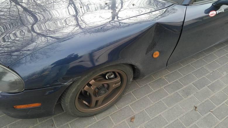 Zdemolowali auto na ul. Sobieskiego. Słupszczanin szuka świadków (zdjęcia)