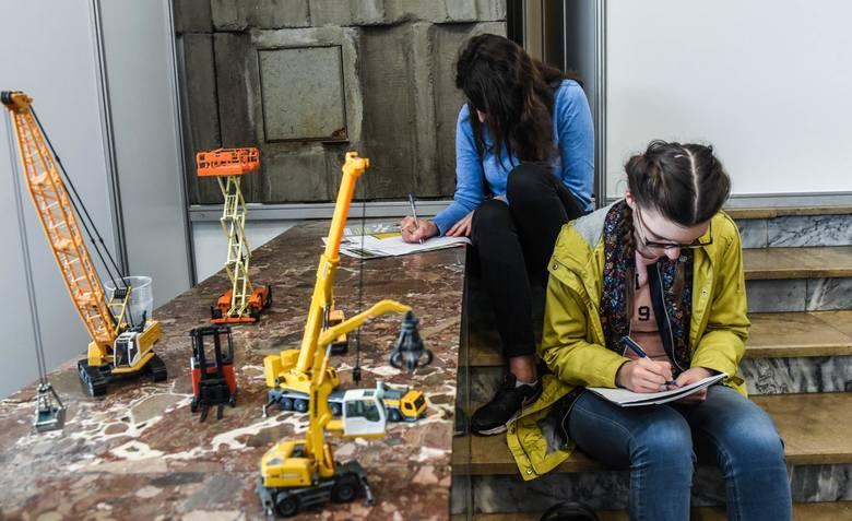 Polacy chcą pracować na stanowiskach wykorzystujących nowe technologie, ze sztuczną inteligencją włącznie