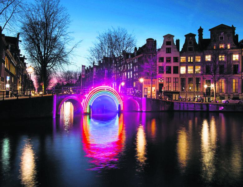 Turyści pokochali festiwale światła