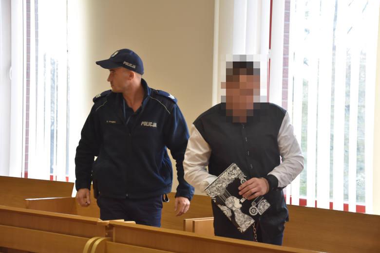 Rybnik: Zakatował na śmierć 17-letnią znajomą. Adrian P. przed sądem