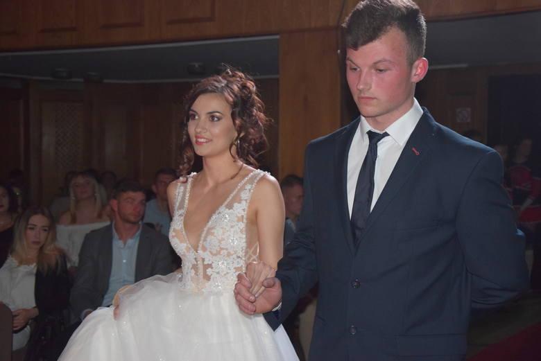Przepiękne kandydatki do Miss AWF-u w strojach ślubnych. Tak gorzowskie studentki prezentowały się w ostatnich latach w trakcie wyborów