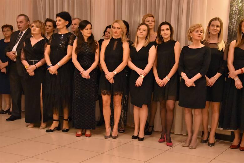 Studniówka 2020 III Liceum Ogólnokształcącego w Tarnowie [ZDJĘCIA, WIDEO]