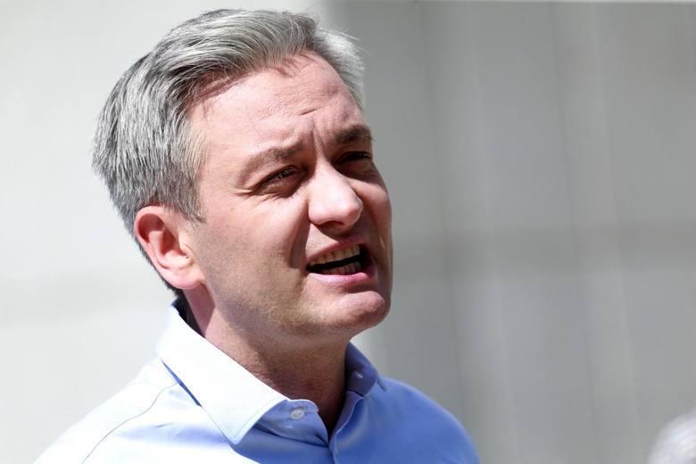 10 gmin w województwie świętokrzyskim, w których najwyższe poparcie w pierwszej turze wyborów prezydenta Polski uzyskał Robert Biedroń, kandydat Lewicy.