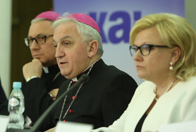ŚDM 2016. Episkopat przedstawił plan wizyty papieża w Polsce. Są nowe punkty [WIDEO]