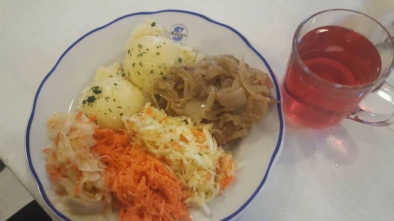 - Serce kradną mi także obiady serwowane na porcelanie znaczonej logo Stilonu w Gobicie - pisze prezydent Jacek Wójcicki