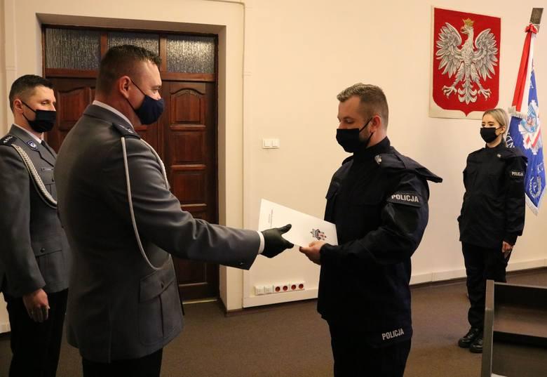 Ślubowanie nowych policjantów w Koszalinie