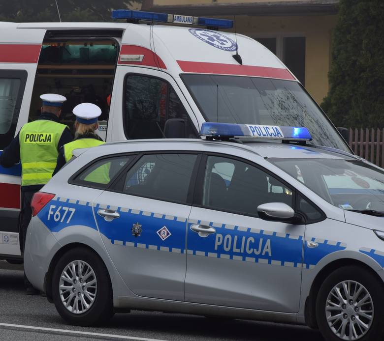 Na miejscu policjanci wstępnie ustalili, że rodzice dziecka, 42 – letnia matka i 45 ojciec są trzeźwi, ale w chwili wypadku, prawdopodobnie nie było