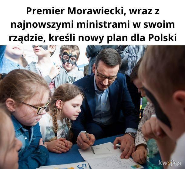 Premier Mateusz Morawiecki pod ostrzałem internautów. Udowadnia, że są równi i równiejsi? [MEMY] [02.06.]