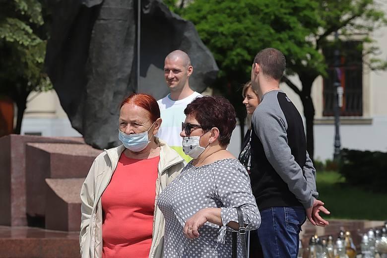 Boże Ciało 2020 w Łodzi. Procesja w czasie pandemii koronawirusa. Zobacz zdjęcia