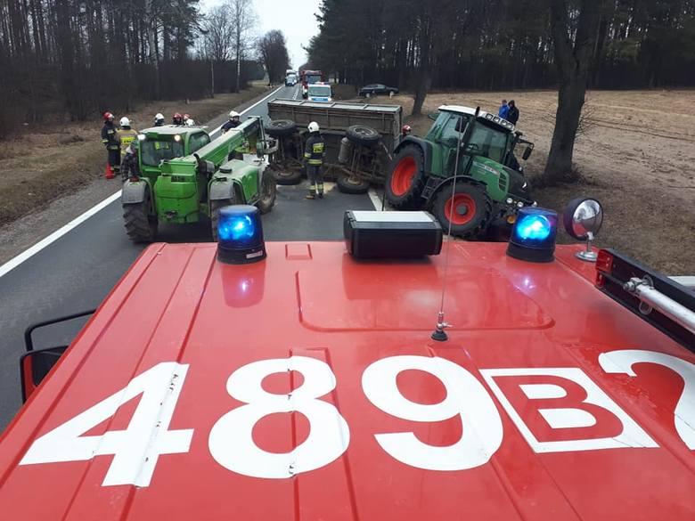 W sobotę na DK8 w kierunku Augustowa doszło do wypadku w pobliżu miejscowości Suchowola.