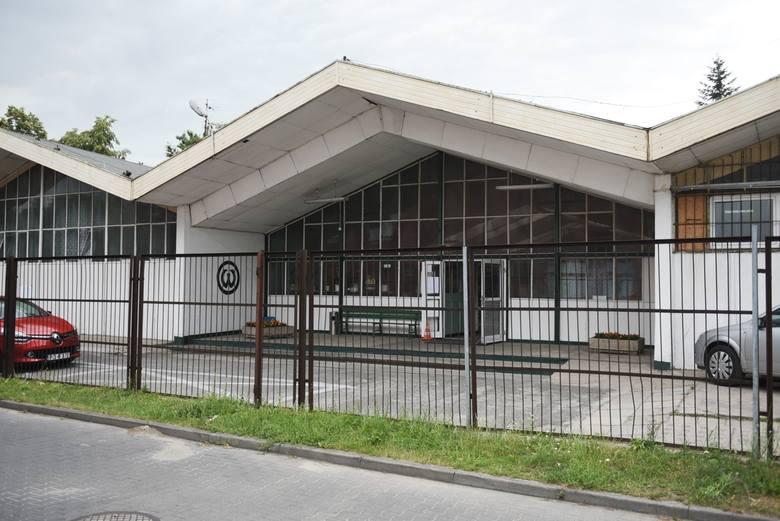 Poznań: Miasto przejęło od Akademii Wychowania Fizycznego starą halę znajdującą się przy kompleksie Chwiałka. - Możemy go wyremontować - mówi Tomasz Lewandowski