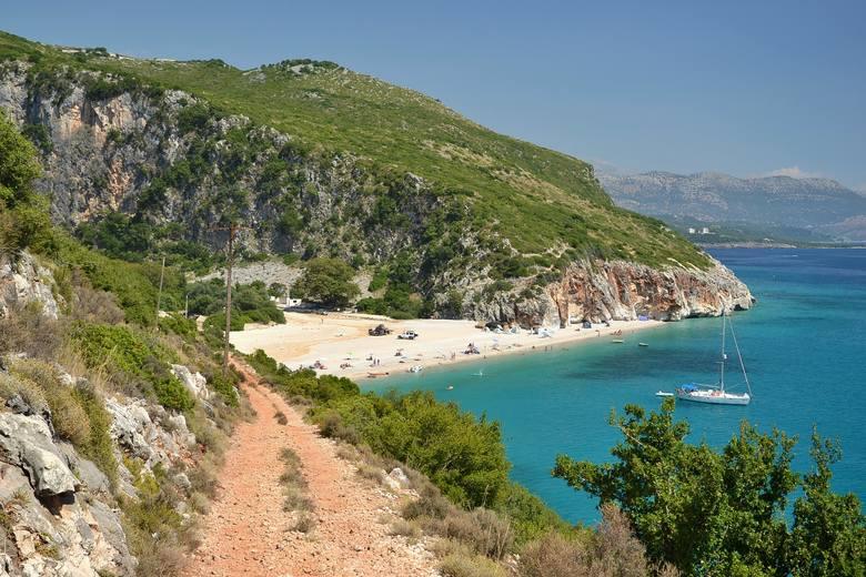 Albania - wakacje 20201 czerwca otworzyła lądowe przejścia graniczne. Nie ma obowiązku przechodzenia kwarantanny.
