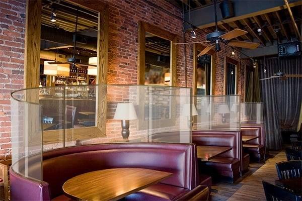 [b]Inne propozycje zabezpieczenia gości restauracji. O pomysłowości restauratorów mówi krytyk kulinarny Artur Michna.