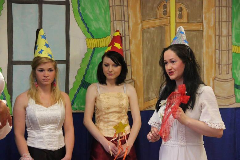 Studenci organizowali dla najmłodszych m.in. zajęcia teatralne.