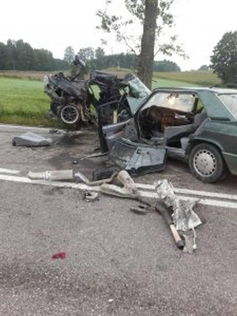 Przed godz. 10 dowiedzieliśmy się również, że w szpitalu zmarł kierowca mercedesa. Miał 70 lat. Wypadek przeżyła jedynie 22-latka z mercedesa, która