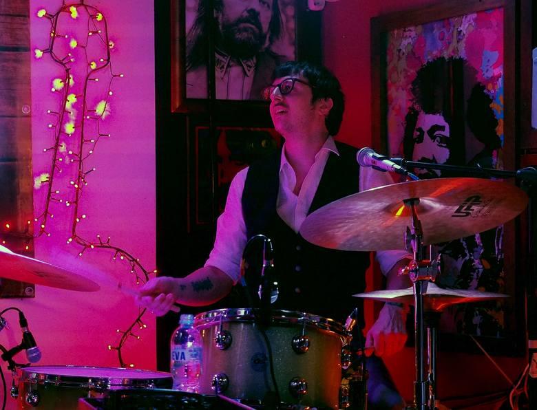 Big Daddy Wilson w pubie 6-ścian