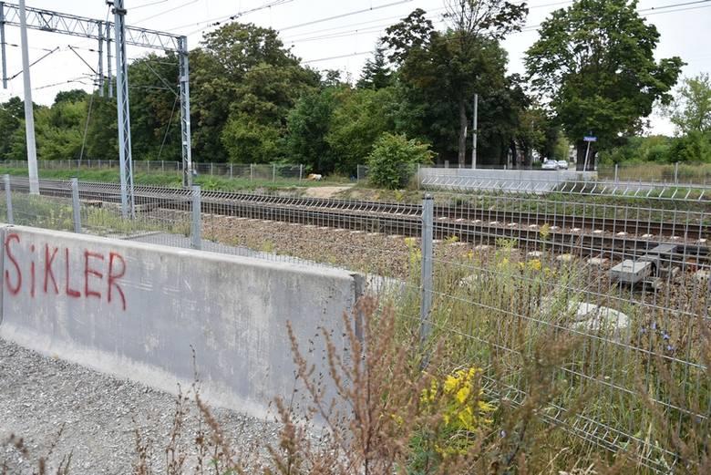 Zarząd Inwestycji Miejskich ogłosił przetarg na projekt podziemnego przejścia dla pieszych i rowerzytów oraz osób poruszających się na wózkach inwalidzkich,