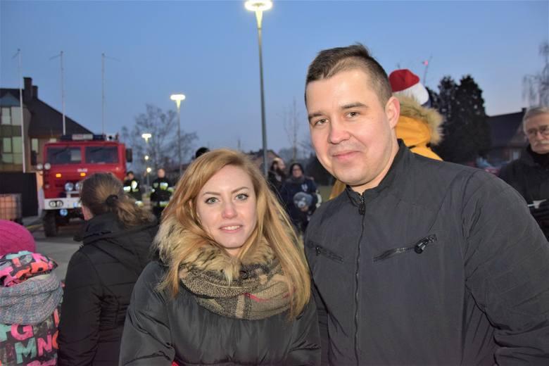 Damian Pipień (z prawej) z żoną Klaudią
