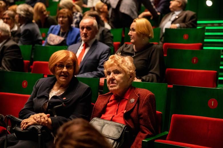 Jubileusz stulecia II LO w Białymstoku w operze przy Odeskiej