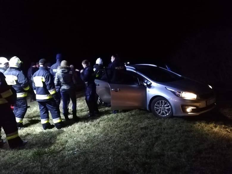 W czwartek, o godz. 18.30, strażacy z OSP Brańsk zostali skierowani do miejscowości Mień, gdzie zgłoszono zaginięcie 53-letniej kobiety