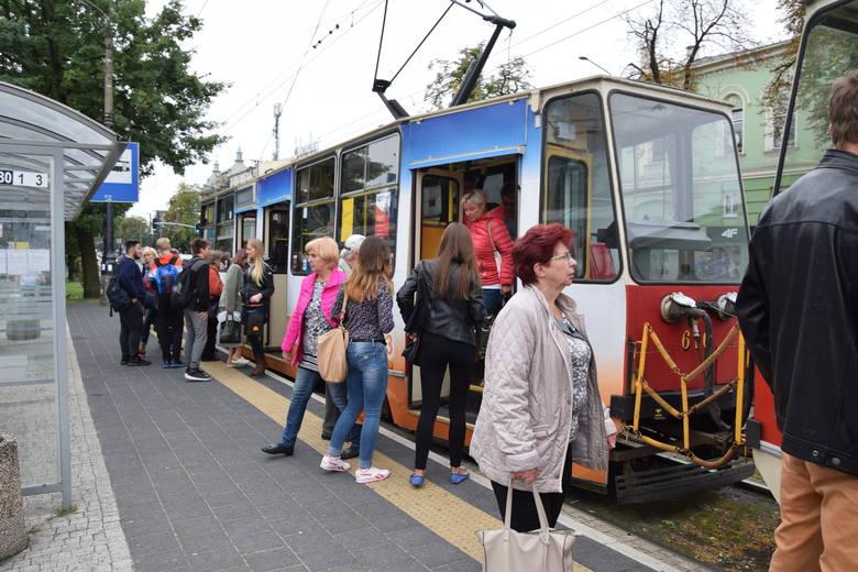W Częstochowie dzieci za darmo pojadą autobusami i tramwajami