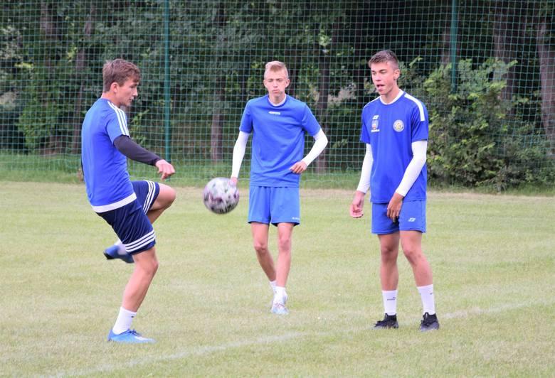 Siedem drużyn piłkarskich wzięło udział w trzecim turnieju w ramach Mini Euro 2020 Inowrocław