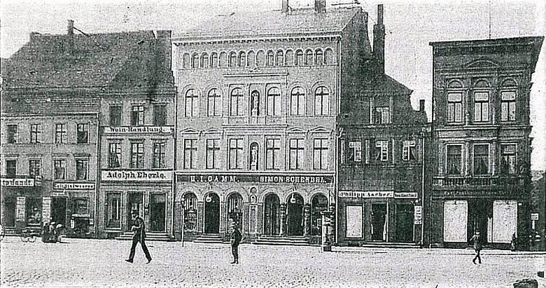 Kolejna rewolucja na Starym Rynku. Ile teraz w nim jest Bydgoszczy?