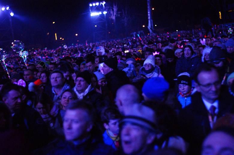 Sylwester 2017 w Zakopanem. Tak bawiła się publiczność [ZDJĘCIA]