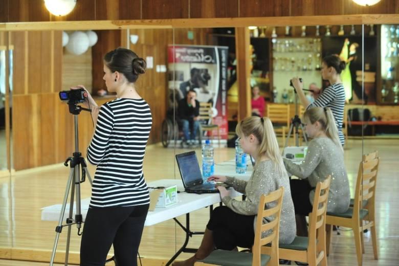 Casting do serialów Polsatu odbywa się w Akademii Tańca Maestro przy ulicy 1 Maja 19 w Opolu.
