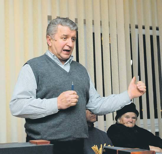 – Zadłużycie tylko miasto – przestrzegał wczoraj władze Siemiatycz Zbigniew Chrołowski