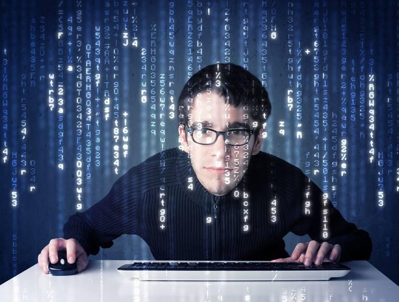 Antywirus może już nie wystarczyć. W tym roku czeka nas wiele cyberzagrożeń. Wystarczy chwila nieuwagi, brak zabezpieczeń i hakerzy mogą przejąć kontrolę