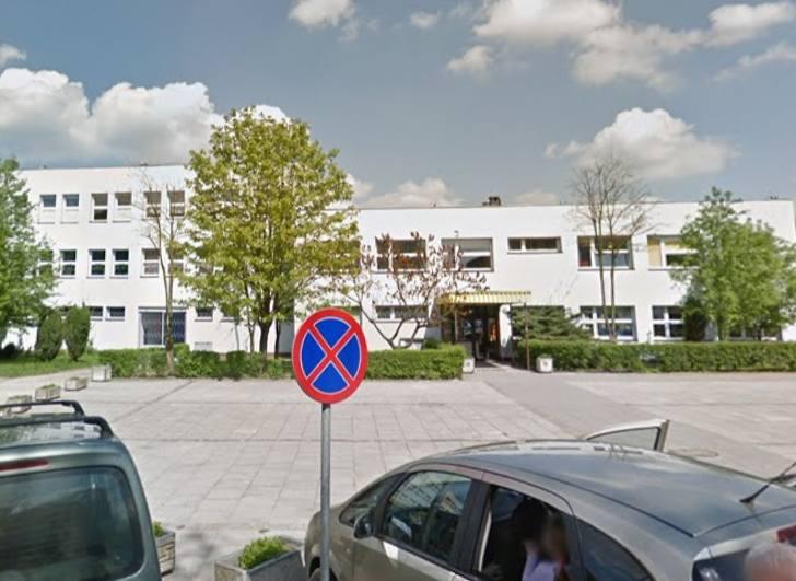 W związku z podejrzeniem kontaktu dziecka uczęszczającego do Przedszkola Miejskiego nr 231 przy ul. Syrenki z osobą prawdopodobnie zakażoną koronawirusem