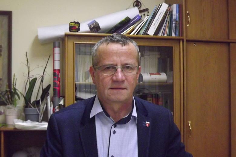 Wójt gminy Ciechocin Andrzej Okruciński zapewnia, że udało się zmniejszyć zadłużenie gminy, nie rezygnując z inwestycji