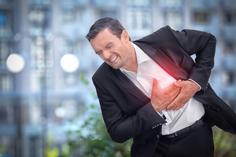 Kołatanie serca najczęściej spowodowane jest nadmiernym stresem, paleniem papierosów i piciem alkoholu.