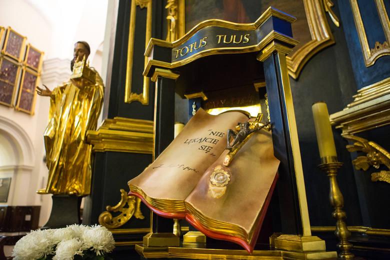 Sanktuarium w Tuchowie  otrzymało relikwie Jana Pawła II