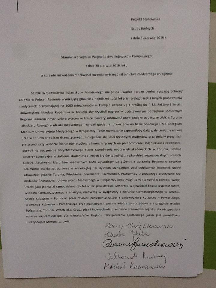 160 tysięcy - tyle podpisów udało się zebrać pod projektem ustawy o samodzielnym uniwersytecie medycznym w Bydgoszczy.