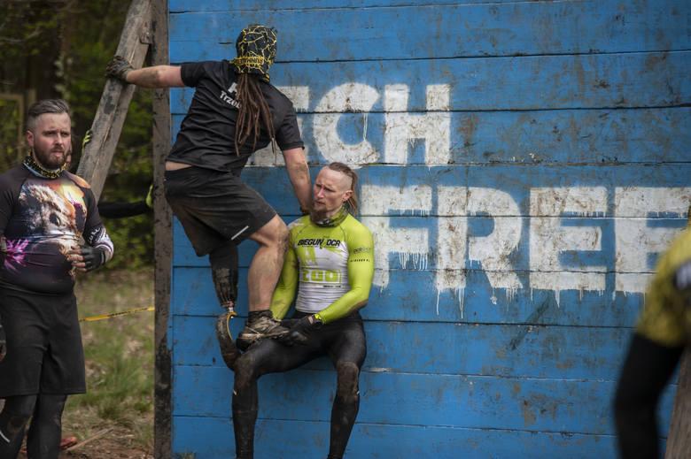 Runmageddon w Poznaniu, czyli dwa dni z ekstremalnymi biegami na Hipodromie WolaPrzesuwaj dalej lub zobacz kolejny film z biegu