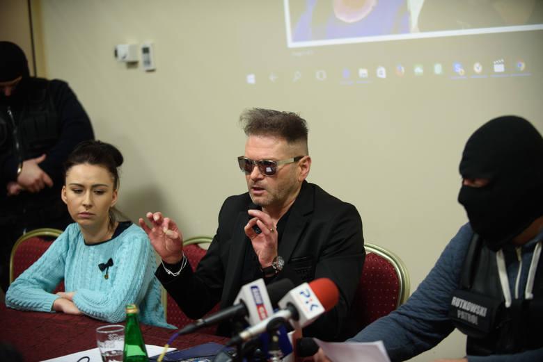 Krzysztof Rutkowski pomagał w poszukiwaniach Remigiusza Baczyńskiego. 29-letni torunianin zaginął w nocy z 30 na 31 grudnia 2016 roku. Ostatni raz widziany