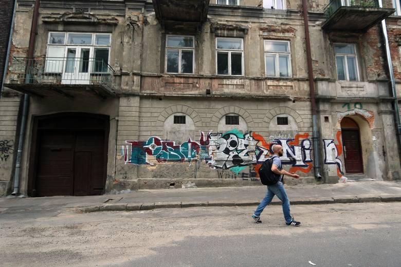 Ulica Dolnej Panny Marii.