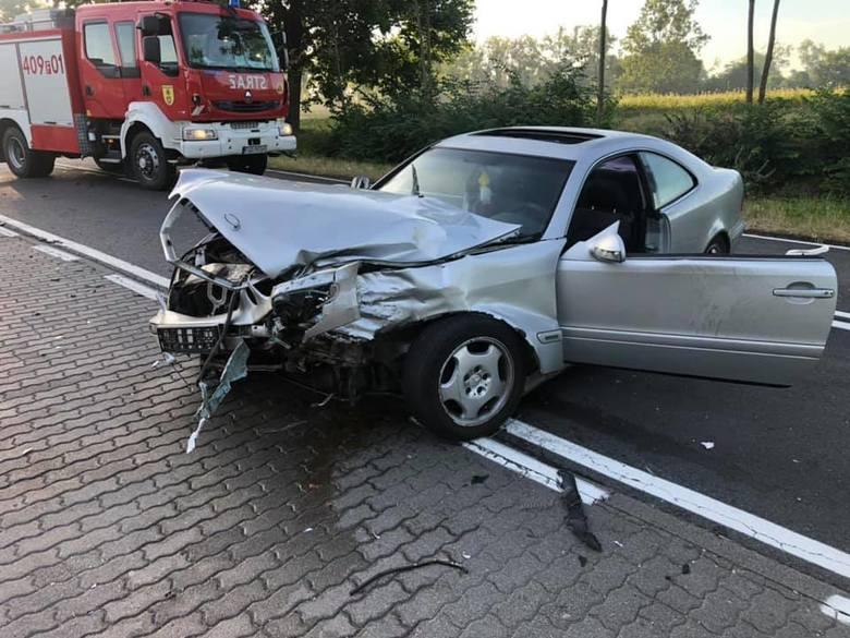Do wypadku doszło sobotni (29 czerwca) poranek w Dobiegniewie - w okolicy Orlenu - na DK 22.21-letni kierowca mercedesa wymusił pierwszeństwo na renault