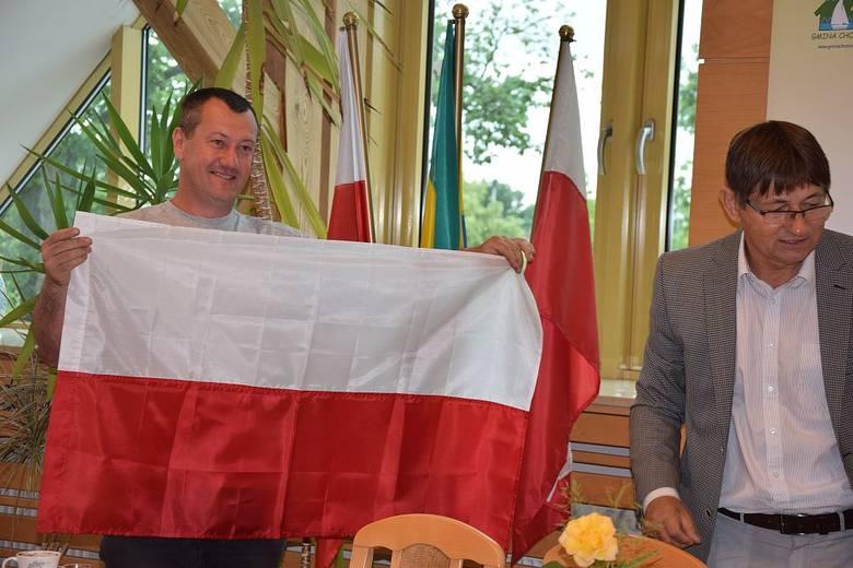 Trzy tysiące flag za darmo. Dla mieszkańców gminy Chojnice!