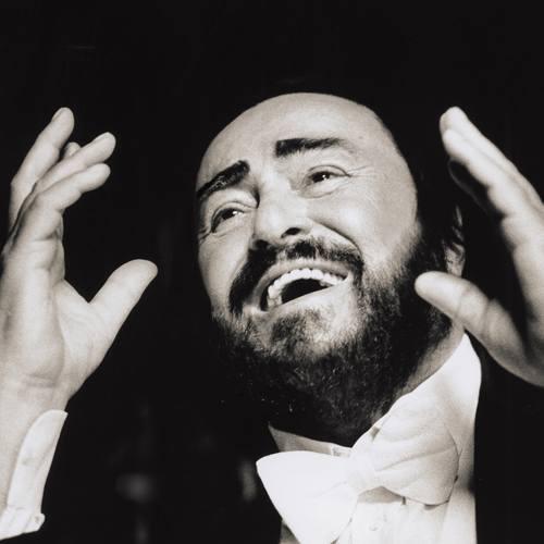 """""""Pavarotti"""": Kryształowy głos, szeroki uśmiech i serdeczny charakter"""